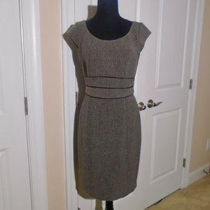 WHBM Houndstooth Tweed Cap-Sleeve Sheath Dress 6